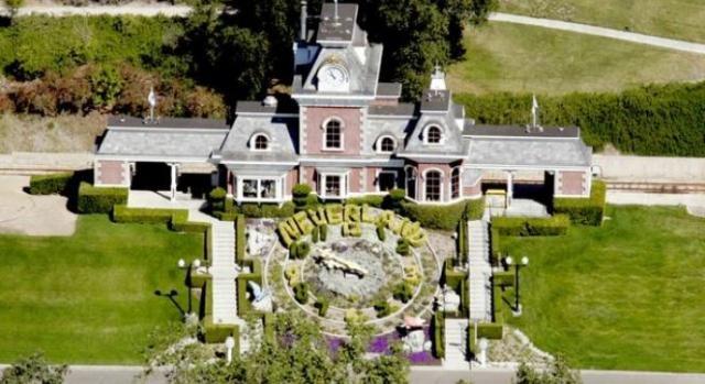 Neverland: a casa dos sonhos de Michael Jackson...