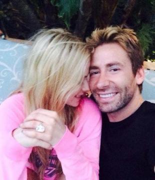 Avril presumió su compromiso en redes sociales