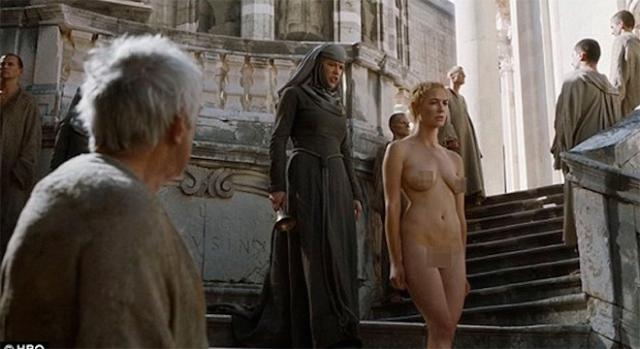 Game of Thrones : Cersei Lannister humiliée.