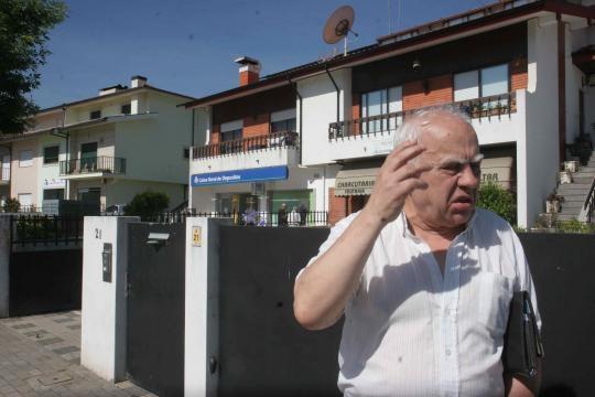 Abílio Costa ficou sequestrado no banco