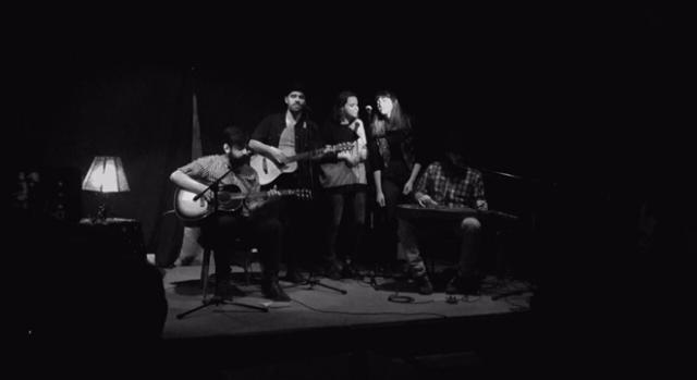 Los músicos forman parejas dentro del Open Blues ©