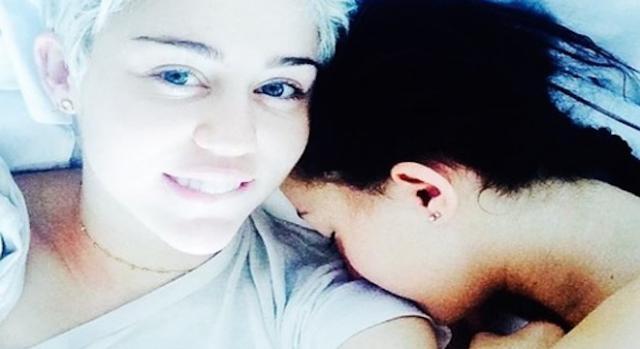 Miley Cyrus au réveil et sans artifices.