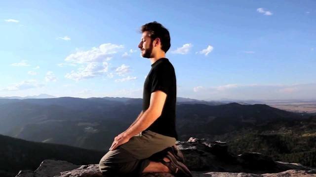 Posição de meditação de Joelhos