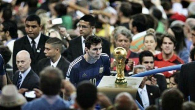 Messi tras la final de Brasil 2014 - Bao Tailiag