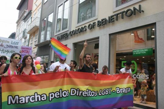 Marcha percorre várias ruas do centro de Braga.