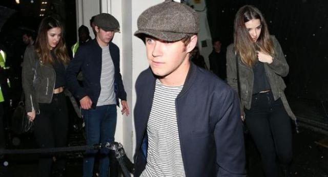 Niall numa saída com a ex-Melissa Whitelaw