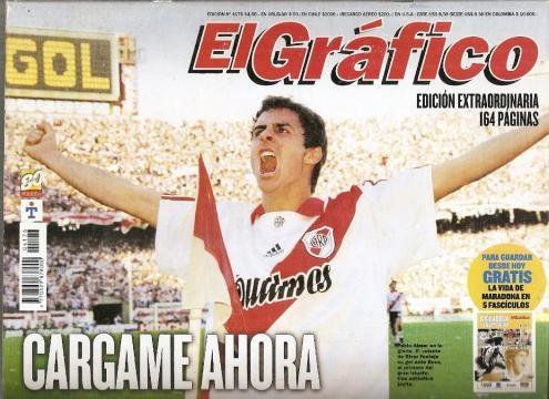 Tapa de El Grafico, gol de Aimar y 2 a 0 a Boca