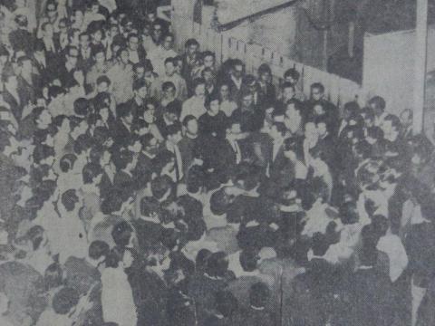 Asamblea popular durante el Rosariazo