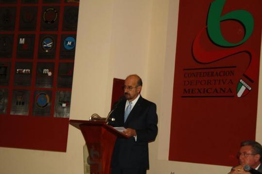 El Dr. Amado Aguilar, con gran visión deportiva