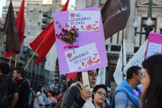 No queremos flores foto Lourdes Valenzuela
