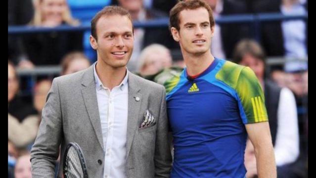 Donó premio de Wimbledon para tratar a su amigo