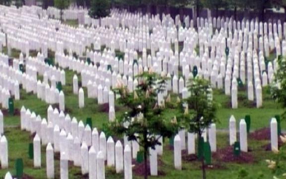 Bósnia relembra o genocídio de 1995