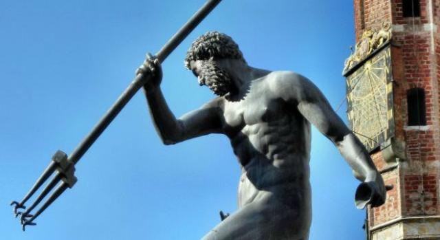 Neptun także chciałby się zabawić podczas imprezy