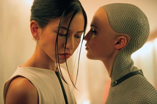Kyoko y Ava: robots en busca de libertad