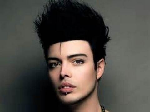 Stash Fiordispino cantante dei 'The Kolors'.
