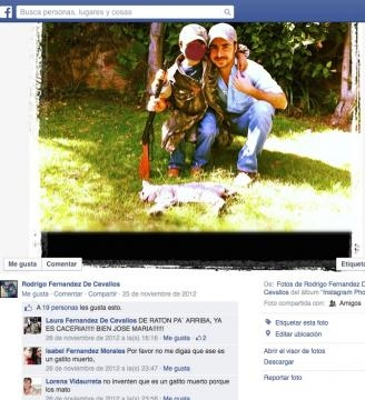 Fernández de Cevallos y sobrino matan a animal.