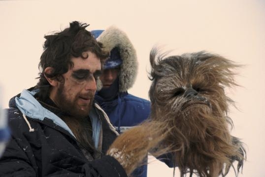 3-Peter Mayhew  es Chewbacca