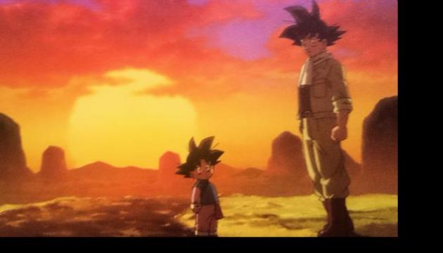 Goku trabajando junto con Goten