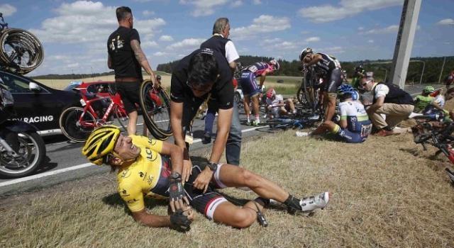Camisola amarela Cancellara desistiu da prova
