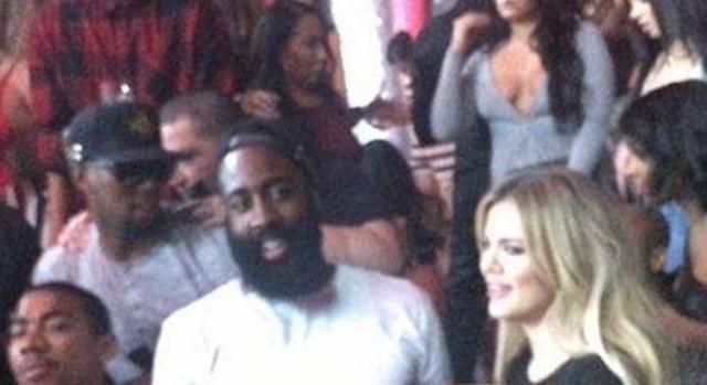 Depois de Lamar, Khloe volta ao radar da NBA