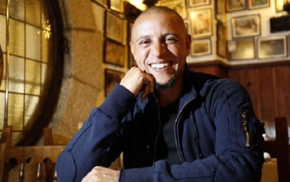 DIRECT / Mercato : Roberto Carlos au Delhi Dynamos