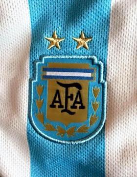 Messi subió esta imagen a Facebook para su mensaje