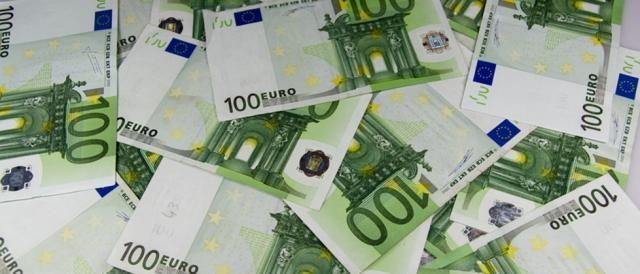 Berlusconi avrebbe versato a De Gregorio 3 milioni