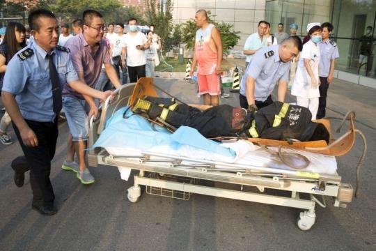 La explosión causó muertes y centenas de heridos
