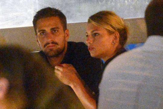 Emma Marrone e Fabio Borriello a Ibiza.
