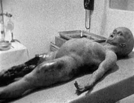 Corpo alieno recuperato a Roswell.