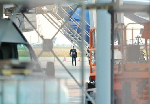 Capitán América en el Aeropuerto de Berlín