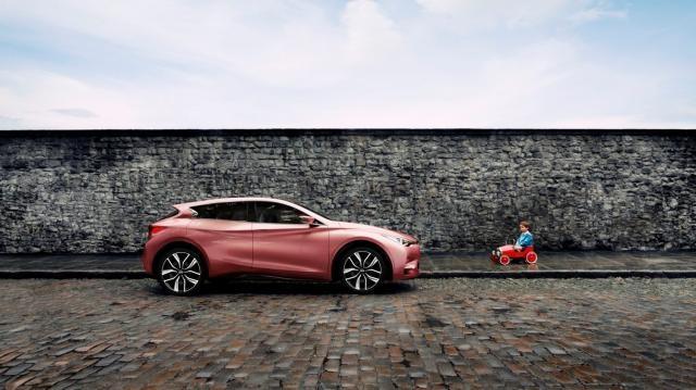 Q30 della Infiniti, il marchio di lusso Nissan.