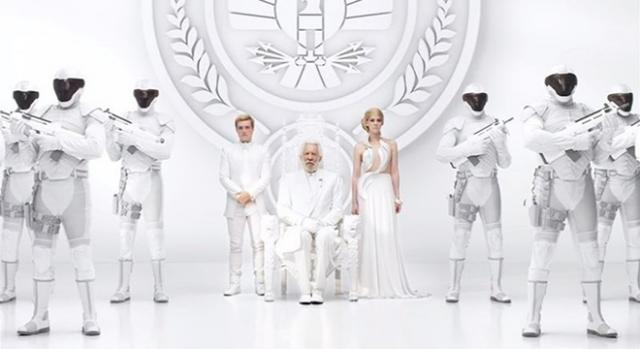 ' Sinsajo parte 2' Presidente Snow y su guardia