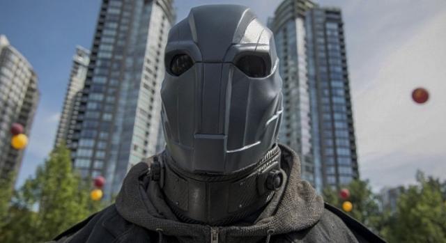 Atom Smasher interpretado por Adam Copeland (Edge)