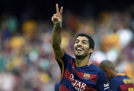 Suárez anotó los dos tantos del Barsa