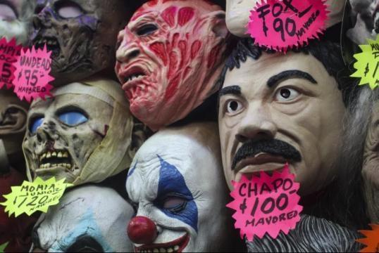 máscaras de terror y Chapo. foto:de10.com