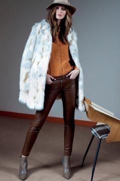 Look anni 70 proposto da Patrizia Pepe
