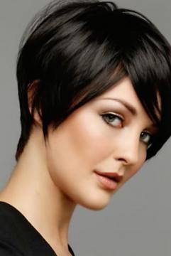 Come tagliare i capelli corti donna