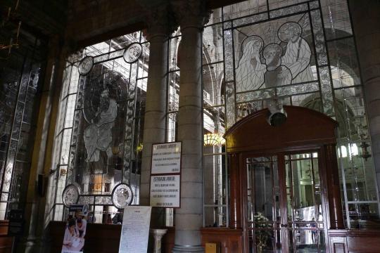 Vitrales que hacen ante sala a la suntuosa Catedral de San José de Toluca