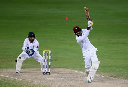 Marlon Samuels launches the ball over the top, Pakistan v West ... - hdwallposters.com