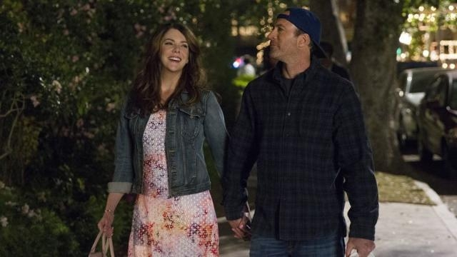 Netflix is making all 7 seasons of Gilmore Girls available ... - avclub.com