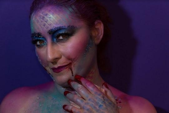 Rossella Regina sirena horror per Halloween