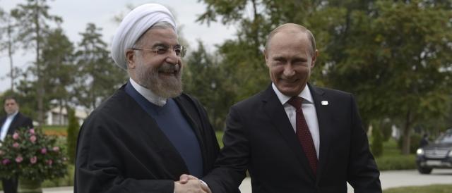 Il premier iraniano Hassan Rouhani con Vladimir Putin: l'alleanza politica e militare di Russia ed Iran è solida come il granito in Medio Oriente