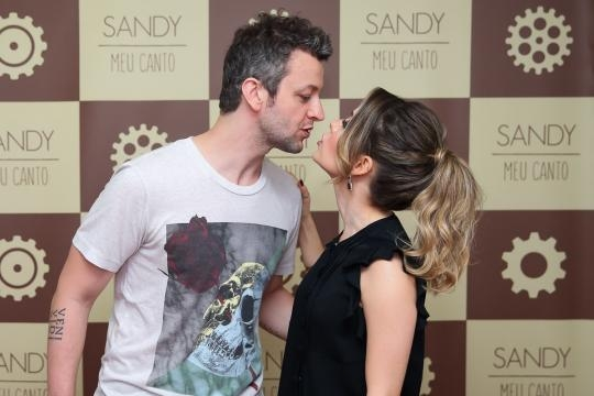 Sandy Leah é casada há 08 anos com o músico Lucas Lima.