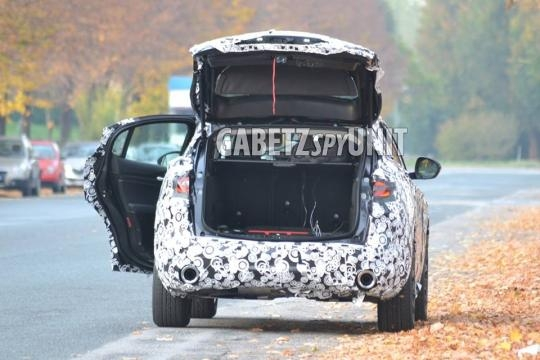 Alfa Romeo Stelvio: le ultime immagini spia da Gabetz Spy Unit