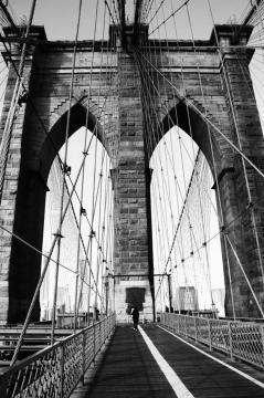 Admire the magnificent Brooklyn Bridge