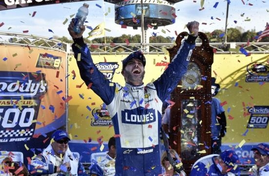NASCAR season comes to a close with four drivers vying for Chase ... - nsjonline.com