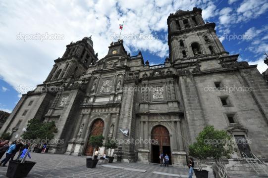 Iglesia Católica en México — Foto editorial de stock © lucidwaters ... - depositphotos.com
