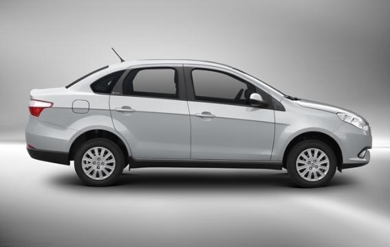 O carro faz até 13,6 km/l de gasolina, segundo a fabricante