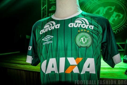 Chapecoense 2015 Umbro Home and Away Kits | FOOTBALL FASHION.ORG - footballfashion.org
